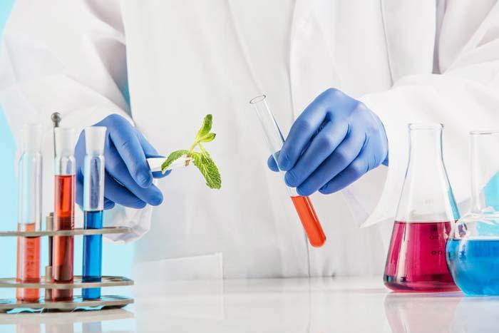 رشته علوم آزمایشگاهی - معرفی جامع و بازار کار علوم آزمایشگاهی